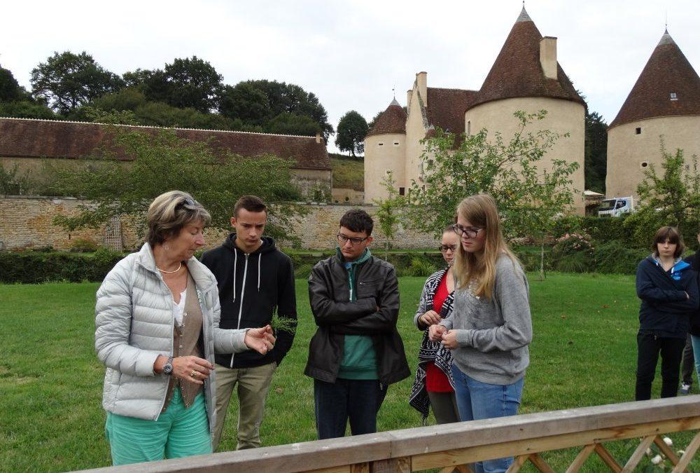 Retour sur le chantier du château de Corbelin pour les1° AP