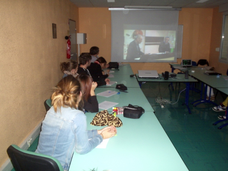 La classe de Terminale TCVA assiste à une visioconférence avec Agrosup Dijon